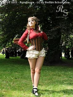 Steampunk Doll by AyraLeona.deviantart.com  dig those ruffle shorty bloomers