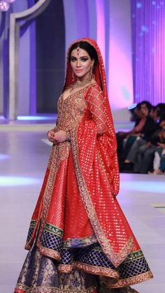 Latest Beautiful Walima Dresses Collection for Wedding Bridals 2015-16 (5)