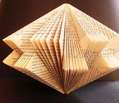 Malena Valcárcel original Art: Libro Intervenido / New Altered Book or Book Sculpture