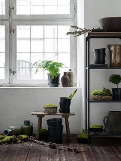 IKEA Life Home - dekoracija in navdih za dom Decor, Living Room Inspo, Interior, Interior Inspiration, Green Decor, Green Inspiration, Ikea, Home Decor, Old Country Kitchens
