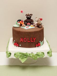 Gruffalo cake with figure tutorials First Birthday Cakes, Birthday Cake Girls, Birthday Fun, First Birthday Parties, First Birthdays, Birthday Ideas, Gruffalo Party, Party Food And Drinks, Sugar Craft