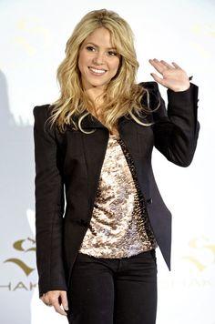 Shakira Medium Layered Cut