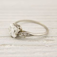 vintage Tiffany engagement ring -- vintage rings are my favorite! Tiffany Und Co, Tiffany & Co., Tiffany Rings, Asscher Cut Diamond Engagement Ring, Diamond Wedding Rings, Wedding Bands, Antique Wedding Rings, Vintage Engagement Rings, Antique Engagement Rings