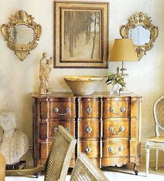 design by Gerrie Bremermann. Love the painting and mirrors.
