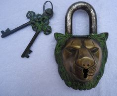 Unique Old Big Antique Vintage Huge Lion Face Carved Brass Lock PadLock Repro