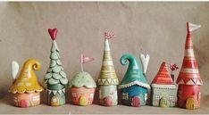 120 easy to try diy polymer clay fairy garden ideas Polymer Clay Fairy, Cute Polymer Clay, Polymer Clay Miniatures, Fimo Clay, Polymer Clay Projects, Polymer Clay Creations, Polymer Clay Christmas, Clay Fairy House, Fairy Houses