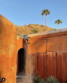 Annabelle Sadler, photographe californienne Life Inspiration, Palm Springs, Interior, House, Instagram, Photography, Indoor, Home, Interiors