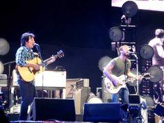 The Black Keys w/John Fogerty - The Weight (The Band) - live Coachella, April 20, 2012
