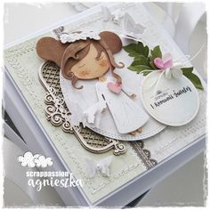 scrappassion: pamiątka komunijna Exploding Box Card, Diy And Crafts, Paper Crafts, Baby Album, First Communion, Baby Cards, Christening, Cardmaking, New Baby Products