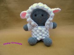 Lamb Inchoate Hoodie Crochet Pattern by ItchyCrochetDesigns