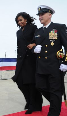 GROTON, Conn. (Oct. 29, 2016) #FirstLady Of The United States #MichelleObama ship sponsor of USS Illinois (SSN 786), arrives at the commissioning ceremony on Naval Submarine Base New London. (U.S. Navy photo by Chief Petty Officer Darryl I. Wood