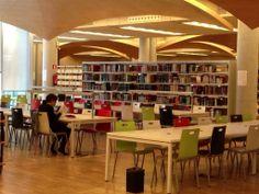 La sala de la Zambrano abierta al público y con libros. ¡Lo conseguimos!