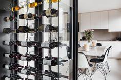Clayette de présentation Wine By One - ces clayettes donne une impression de lévitation des bouteilles