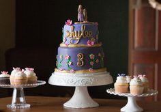 rapunzel tangled birthday cake! Tangled Birthday Party, 4th Birthday Parties, It's Your Birthday, Birthday Gifts, Birthday Cake, Birthday Ideas, Rapunzel Tangled Movie, Art Party, Princess Party