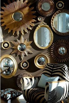If you're looking to purchase some decor that's functional and stylish, you should think about metal wall mirror. Through time, 1 sort of decor that has survived the test of time is rooster home decor. Interior Design Living Room, Interior Decorating, Diy Bedroom Decor, Wall Decor, Sunburst Mirror, Gold Walls, Scandinavian Interior, Frames On Wall, Home Decor Accessories