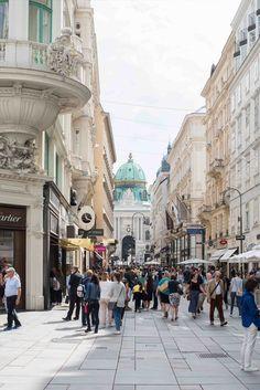 Tipps für ein Wochenende in Wien Heart Of Europe, Vienna Austria, Travel Destinations, Cities, Places To Visit, To Go, Street View, Dining, Architecture