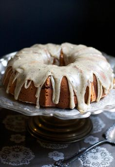 Pumpkin Buttermilk Bundt Cake with Brown Butter Icing. Way yummy. Next time I might nix the icing and add chocolate chips and/or a chocolate ganache. Or use this batter to make pumpkin chocolate chip muffins. Pumpkin Recipes, Cake Recipes, Dessert Recipes, Pumpkin Pumpkin, Vegan Pumpkin, Pumpkin Spice, Butter Icing, Sugar Icing, Powdered Sugar