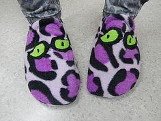 tossuja3 Slippers, Shoes, Fashion, Moda, Sneakers, Shoe, Shoes Outlet, Fashion Styles, Slipper