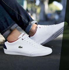 """Ein Klassiker im Sneaker-Regal – und trotzdem moderner denn je. Der """"Misano Sport"""" von Lacoste ist deine zuverlässige Begleitung zum elegant-sportlichen Casual-Outfit. Für den Tragekomfort sorgen eine ortholite Einlegesohle und ein atmungsaktives Obermaterial. #tennis Lacoste Sneakers, Lacoste Shoes Mens, Sneakers Mode, White Sneakers, Sneaker Regal, Mens Fashion Shoes, Sneakers Fashion, Socks Outfit, Cl Shoes"""