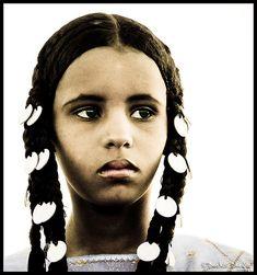 Africa    Libyan Tuareg Girl   © Bashar Shglila