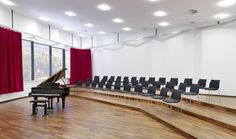 Stacking side chair 2104/2 uni_verso from Kusch+Co with special acoustic properties, purpose-built for the South Westphalia Music Academy, Schmallenberg – Bad Fredeburg, Germany