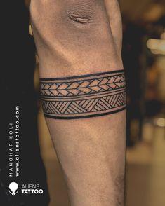 Ankle Band Tattoo, Tribal Band Tattoo, Tribal Forearm Tattoos, Henna Tattoo Hand, Tribal Shoulder Tattoos, Bein Band Tattoos, Band Tattoos For Men, Wrist Tattoos For Guys, Band Tattoo Designs