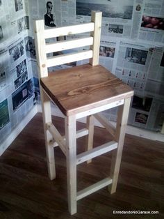How to use my mortise and tenon router jigs to make a stool with back. This bar stool is quite fast and easy to make using these router jigs. Diy Bar Stools, Bar Stools With Backs, Diy Stool, Wooden Bar Stools, Diy Chair, Bar Chairs, Dining Chairs, Shop Stools, Office Chairs
