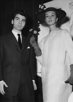 German fashion designer Karl Lagerfeld after winning the coats category in a design competition sponsored by the International Wool Secretariat, Paris, December With him is a model wearing. Get premium, high resolution news photos at Getty Images Moana Pozzi, Pierre Balmain, Jean Patou, Karl Lagerfeld, Fendi, Anna Wintour, Fashion Images, Modern Fashion, 1950s Fashion