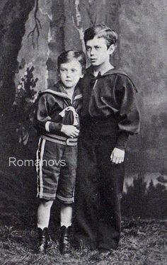 Grand Ducks Nicholas and Georgiy Alexadrovich Romanov of Russia, 1877 ca /Николай (справа) и Георгий. 1877 г.