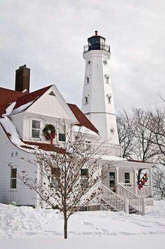 Love the Wisconsin lighthouses! The North Point lighthouse near Milwaukee, Wisconsin North Point Lighthouse, Iowa, Illinois, Minnesota, Michigan Usa, Lighthouse Pictures, Beacon Of Light, Winter Scenes, Nebraska