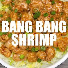 Bang Bang Shrimp Bang Bang Shrimp - A copycat version of the super popular appetizer originally served at the Bone Fish Grill chain of restaurants. Seafood Recipes, Appetizer Recipes, Dinner Recipes, Cooking Recipes, Thai Cooking, Spicy Shrimp Recipes, Cooking Broccoli, Cooking Lamb, Cooking Oil