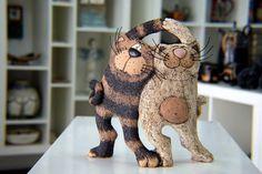 Handgemachte Keramik, Funny Cats, Katze Skulptur, Art Katzen, Keramik Katze, Tier-Skulptur, Cat Totem, Home Dekor, Art Decor, Figur Katze