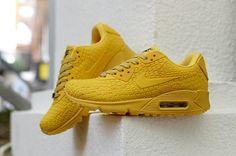 reputable site 0a426 d727c Chicks In Kicks, Air Max 90, Nike Air Max, Street Outfit, Air