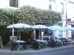 Restaurant Marie Colline, 173 rue Georges Clemenceau, Cahors, France Restaurant Bio, Georges Clemenceau, Rue, Hotels, France, Heart, Outdoor Decor, Shop, Home Decor