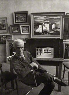 The artist John Piper photographed by Ida Kar, 1954 Old Portraits, Studio Portraits, John Piper Artist, Royal College Of Art, Abstract Images, Creative People, Famous Artists, Art History, Stained Glass