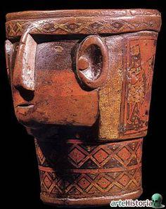 A inicios de 1992 cuando recién empezaba mis estudiosenArqueologíaen unas de esas visitas programadas por los profesores de curso me qu... South American Countries, Aztec Art, Masks Art, Arte Popular, Pottery Designs, Indigenous Art, Old Art, Art And Architecture, Old World
