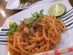 This is my personal favorite, Nan Gyi Thohk which is a thoke salad dish in Burmese cuisine made with thick round rice noodles mixed with specifically prepared chicken curry ♡ It has been equated as a Burmese version of spaghetti according to Wikipedia