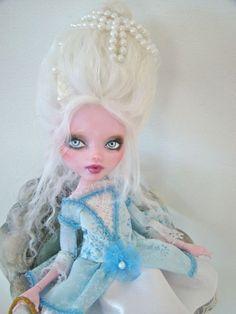 Marie Antoinette - Monster High repaint by Marina's art dolls, via Flickr