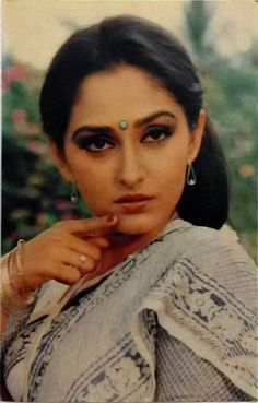 Bollywood Bikini, Bollywood Cinema, Bollywood Stars, Bollywood Actress, Prada, Vintage Bollywood, Amitabh Bachchan, India Beauty, Housewife