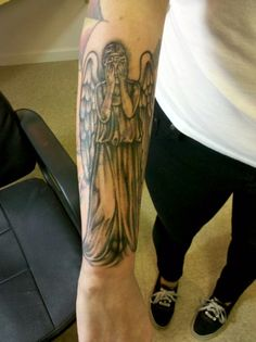 doctortattwho:   It's a cover up, still need to add color. A big part of the whole Doctor Who themed sleeve is a cover up, actually. I'm really excited about it.  Submitted by: Jellikafish