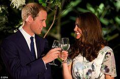È nato il royal baby: William e Kate neo genitori felici