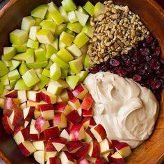 appel_walnoot_salade_sq Fruit Salad, Cobb Salad, Cinnamon Apples, Food For Thought, Bbq, Food And Drink, Tasty, Barbecue, Barbacoa