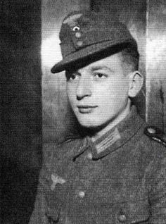 """Heinrich Severloh """"The beast of Omaha"""" killed 2,000-2,500 Americans with his MG-44 in 9 hours ! Ran out of Amino ,was captured and survived the war ! He even got to write a book about it !"""