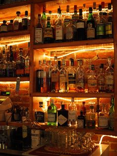 Breckenridge best bars - Apres ski - Happy hour - Late Night