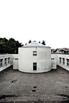 Italian architect Rossi - elementary school, Scuola a Broni 1972-76 - Milan