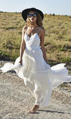 Simple Design Spaghetti Straps Appliques Long Chiffon Beach Wedding Dress Lace,Beach Wedding Dress,Dress for Wedding Party