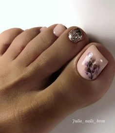 Exceptional Trendy nails are available on our web pages. Pedicure Designs, Pedicure Nail Art, Toe Nail Designs, Toe Nail Color, Toe Nail Art, Nail Colors, Pretty Toe Nails, Cute Toe Nails, Gel Toe Nails
