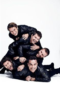 Take That Photos of Group Photography, Couple Photography Poses, Take That Band, Group Photo Poses, Jason Orange, Mark Owen, Cover Band, Robbie Williams, We Are Young