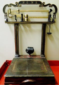 HOWE ORNATE IRON & BRASS GENERAL STORE PLATFORM SCALE