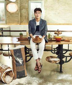 Kang Ha Neul for Vostro Korean Wave, Korean Men, Asian Actors, Korean Actors, Kang Haneul, Lee Bo Young, The Big Boss, Yoo Ah In, Beauty Around The World